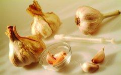 夏季养生食大蒜 清热消毒燃脂