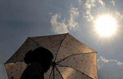 夏日谨防中暑 高温可杀死成年人