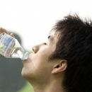 夏天如何正确喝水 小心喝水会中毒