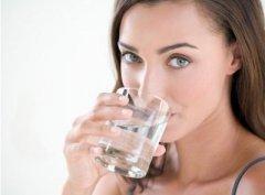 秋干嗓子干哑 7方法保护咽喉