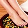 冬季泡脚好处多多 盐水泡脚的正确方法