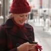 老人冬季带帽子保暖防寒防疾病