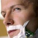 男人剃须应注意 避免在运动前剃须