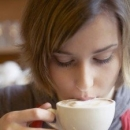 咖啡带来哪些危害 或致女性乳腺癌(每天喝咖啡有可能让胸围缩水)