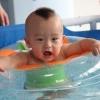 婴儿适不适合游泳?婴儿游泳有好处也有禁忌