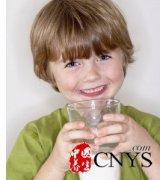 牛奶喝越多越好吗?饮用不当影响宝宝健康