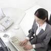 电脑族女人警惕!长期伏案乳房易下垂