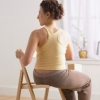 瑜伽养生 椅子瑜伽防治职业病