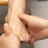人老脚先衰 脚底养生法帮你消除百病