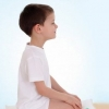 模仿动物的瑜伽动作 培养小孩想象力