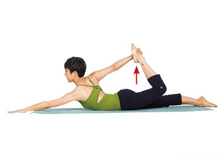 3组芳疗瑜伽动作 搭配精油按摩 美体又纾压