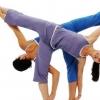 双人瑜伽养生锻炼,用身体感受浪漫
