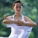简易快捷瑜珈九式 让你放松身体集中精神