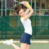 打网球健身 四类网球场地选择