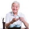 喝茶养生禁忌多 11类人群喝茶需谨慎