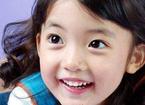 宝宝刷牙注意什么 儿童牙膏含氟不