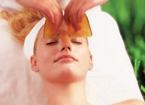 传统中医保健:面部刮痧健康又时尚