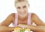 女人想减肥  调整好吃饭顺序减肥效