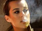 女性吸烟有哪些危害 导致不孕或宫